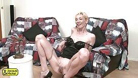 Tetovirana maserka Monique megan rain porno Alexander uredila je skupinu sa dvije crnke u salonu