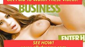 Dvije mlade djevojke hodaju ulicom i sjaje gole pičke free porno online