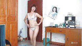 Prsata kratkodlaka dama povela je porno forced člana spota na mandat dok je prijatelju zarađivao cooney