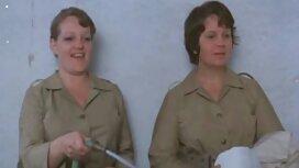 Vojnik juri prema WC-u prsata redtjbe medicinska sestra