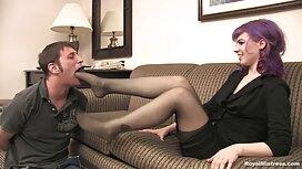 Crvenokosa mama s velikim sisama keira knightley porno daje dvojici muškaraca anal i vaginu