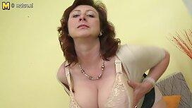 Tamnoputa Latina nabora boobove pete veličine za vrijeme porno 21 solo